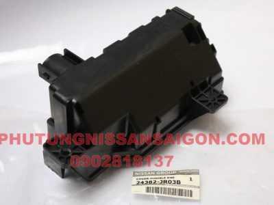 24382JR03B vỏ hộp cầu chì Nissan Navara D40T