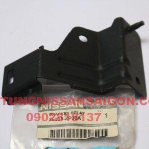 25238ZP30A giá bắt đế hộp relay Nissan Navara D23T NP300